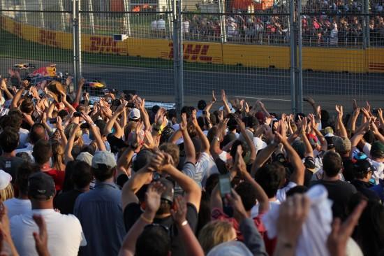 Melbourne Formel 1 Rennen 2012 - Zuschauer Menschenmenge