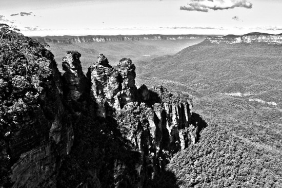 Blue Mountains 02 - Echo Point - Three Sisters - BW-HDR IMG_1272-1774 - Custom