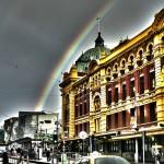 Regenbogen über Melbournes City - Flinders Street und Federation Square - HDR - IMG_4006-4